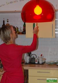 detection pollutions electromagnetiques et hyperfrequence lampe fluocompacte